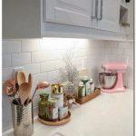 21 simples idées de décoration de cuisine française française #kitchenideas #kitchendecor #kitche ... - Decor Cuisine