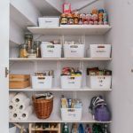 43 CONVENIENT AND PRACTICAL KITCHEN STORAGE DESIGN AND IDEAS - Page 21 of 43 - Breyi