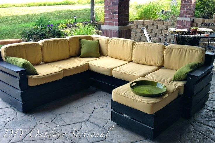 DIY Outdoor Sectional. Build it yourself out of regular wood from a home improve…