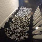 US $15.98 32% OFF|Leder Zebra Teppich Für Treppen rutschfeste Bodentreppe Teppiche Teppich 65*24 cm schwarz und weiß Mosaik Treppenstufen Protector mat-in Teppich aus Heim und Garten bei Aliexpress.com | Alibaba Gruppe