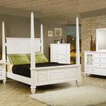 White King Bedroom Set Is A Favorite Color For Interior - Erinheartscourt.com