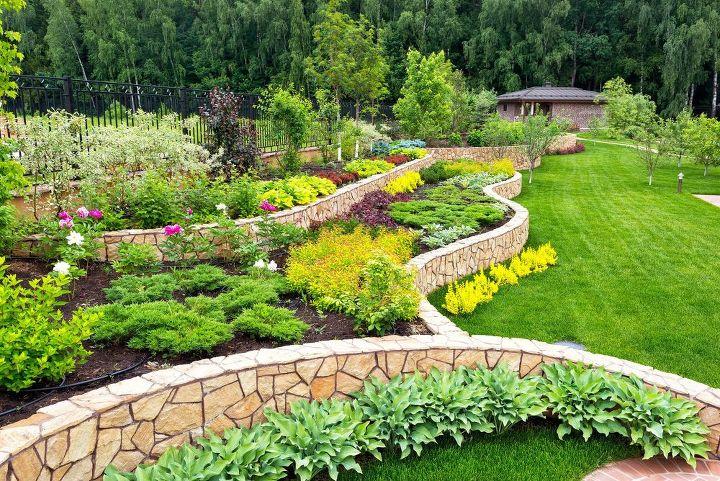 13 Easy DIY Backyard Landscaping Ideas   Hometa