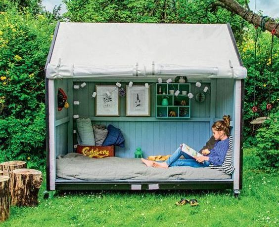17 Fancy Backyard Playhouse Ideas You Need for Your Children .