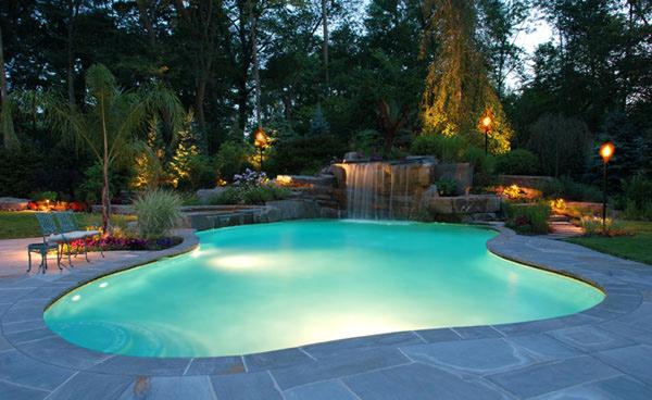 15 Amazing Backyard Pool Ideas | Home Design Lov
