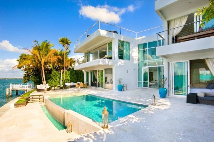 Villa Valentina: a Luxury Residence in Miami Beach | Miami houses .