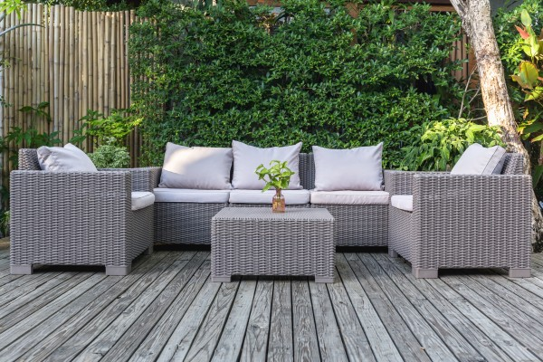 The Best Outdoor Patio Furniture to Compliment Your S