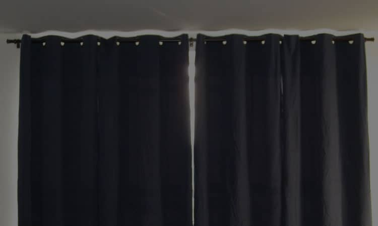 Top 9 Best Blackout Blinds For Home — Product Reviews In 20