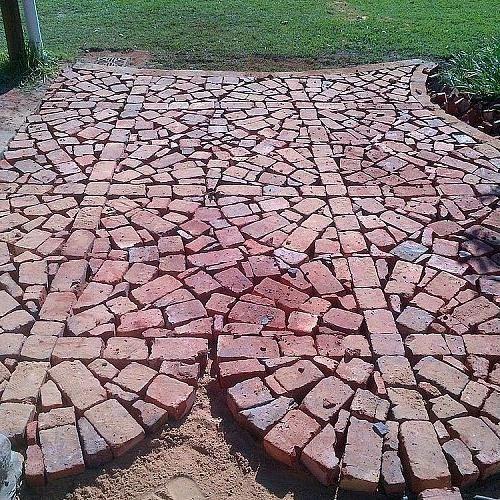 Paving With Broken and Half Bricks | Brick patios, Brick patterns .