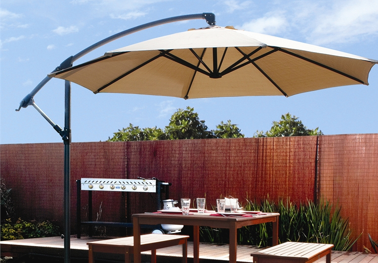 Outdoor Patio Umbrella Off set Tilt Cantilev