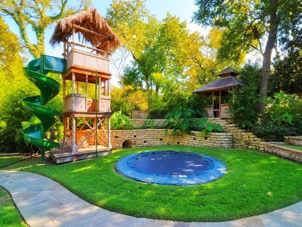 25 Backyard Ideas that add Value to your Ho