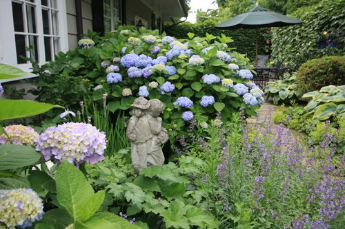 Cottage Garden Design Ideas - Landscaping Netwo