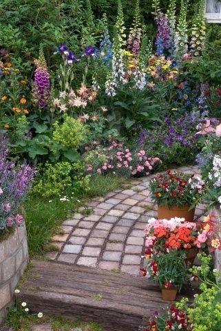 Live Streaming Bola,badminton,sports,tv | Beautiful gardens .