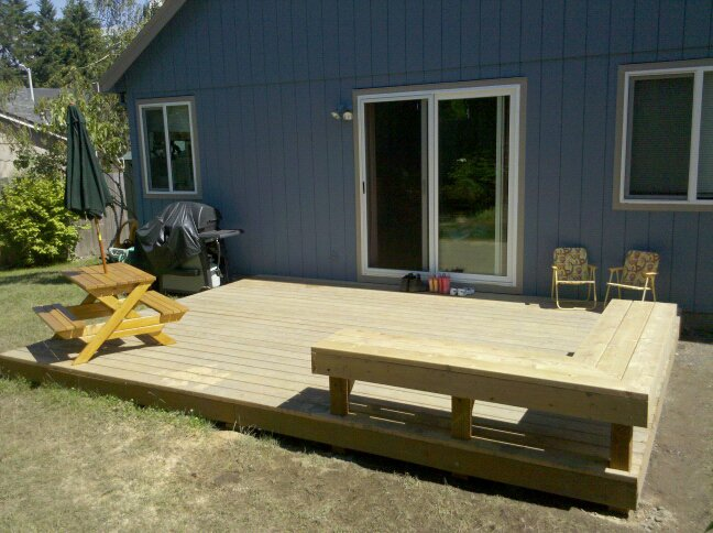 Built-in Deck Bench - Building & Construction - DIY Chatroom Home .