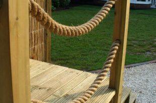 Posts & rope decking boarder | Deck garden, Front garden, Deck desi