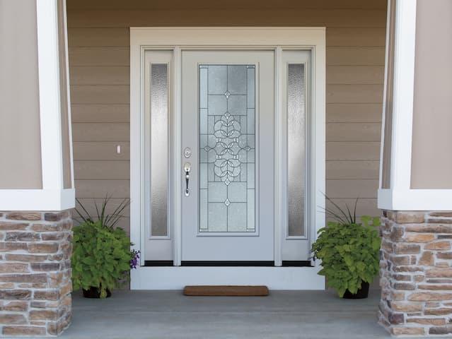 Steel Replacement Entry Doors - Pella Reta