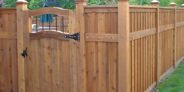 Privacy Fence Design Ideas - Landscaping Netwo