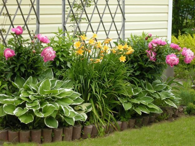 33 Beautiful Flower Beds Adding Bright Centerpieces to Yard .