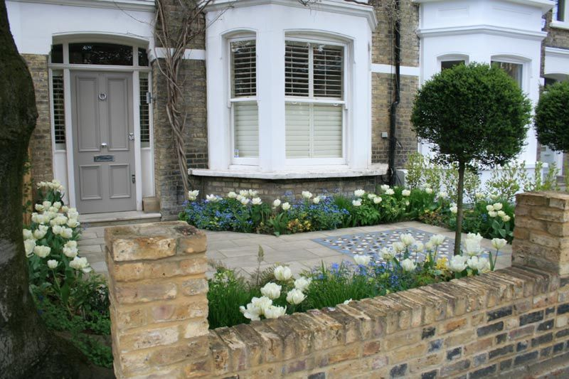 West London Front Garden | Front garden design, Small front .