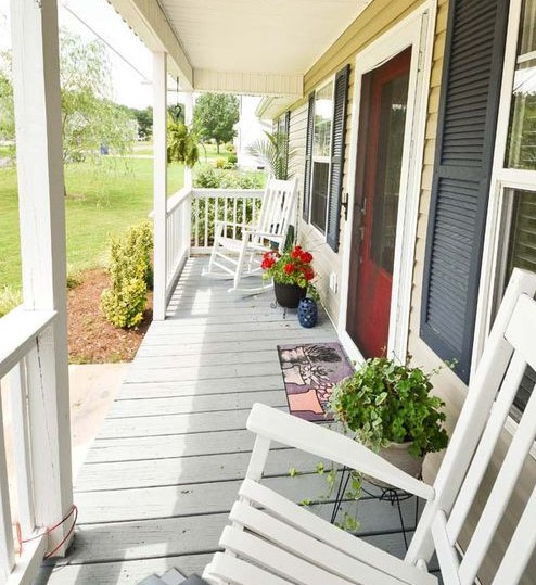 The Easiest Way To Clean Your Front Porch This Summer - Organized .