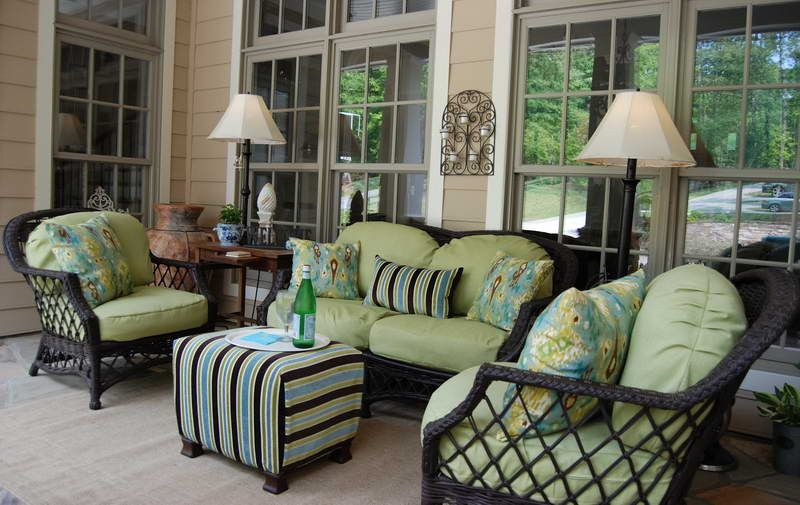 Front Porch Furniture With Decorative Lighting … | Front porch .