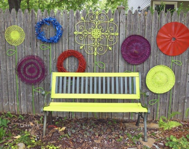 Simple DIY Garden Art Ideas for Attractive Garden - MORFLO