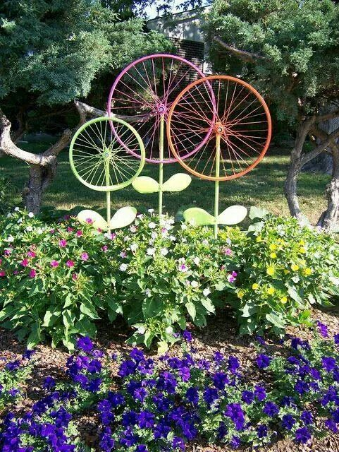 20 DIY Garden Art Projects to do | Garden art, Garden ornaments .