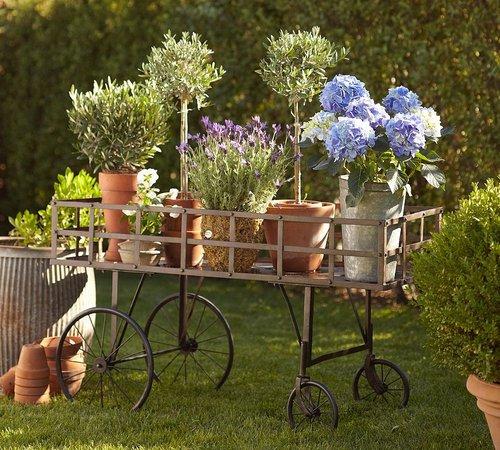 Garden Decor - Ruby Lane Bl