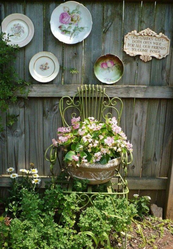 Top 10 Wonderful Vintage Garden Decor Ideas For Amazing Garden .