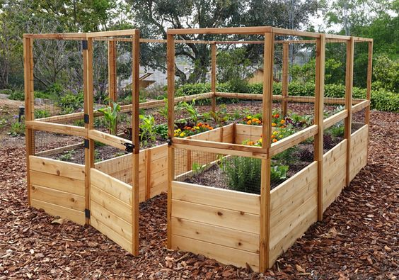 15 Garden Fencing Ideas - For Your Gardening Fence Proje