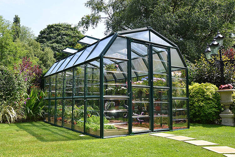 The Different Types of Greenhouses You Can Build in Your Gard