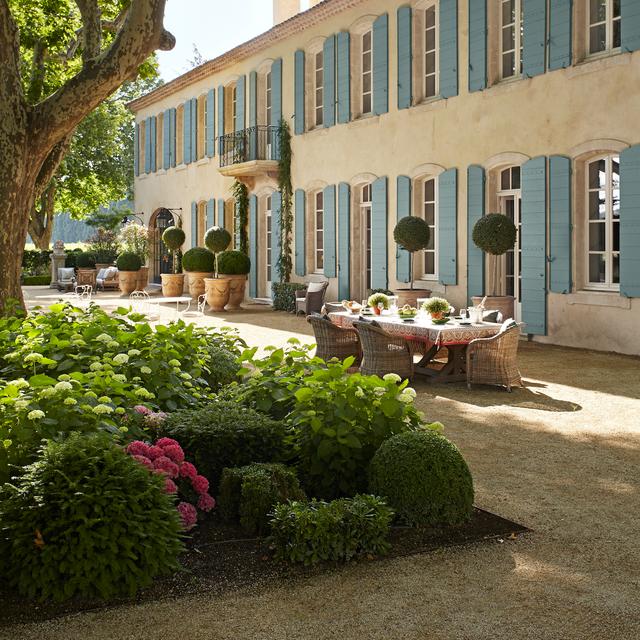 15 Beautiful French-Style Gardens - Best French Garden Desig