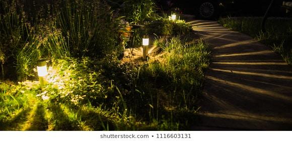 Garden Lights Images, Stock Photos & Vectors   Shuttersto