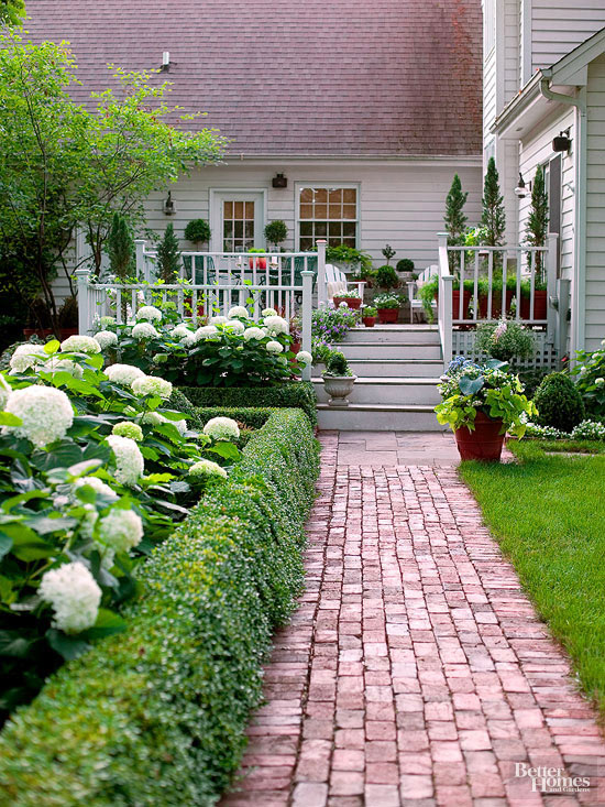 Glorious Garden Paths | Better Homes & Garde