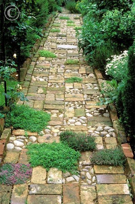 32 Natural And Creative Stone Garden Path Ideas | Stone garden .