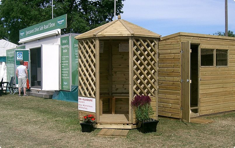 very small garden shelter - Google Search (With images) | Small .
