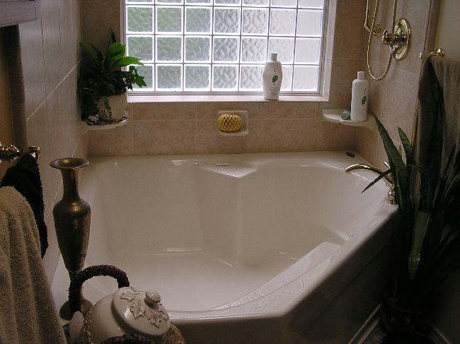 bathroom garden tubs | New Garden Bathtub | Garden tub, Garden tub .
