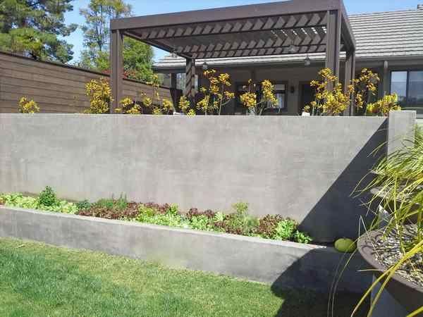 backyard landscaping ideas concrete retaining walls #garden #wall .