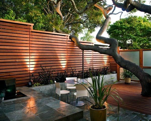 Screening fence or garden wall – 102 Ideas for Garden Design .