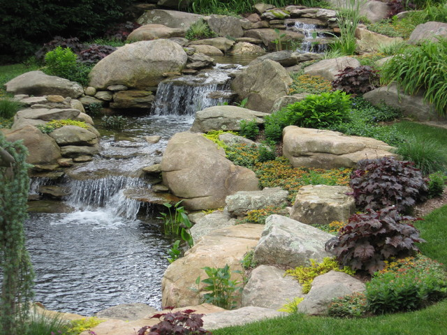 Waterfall and garden pond - American Traditional - Garden .