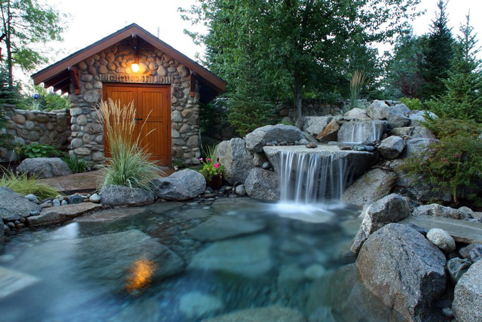 Charming Garden Waterfalls - PRETEND Magazi