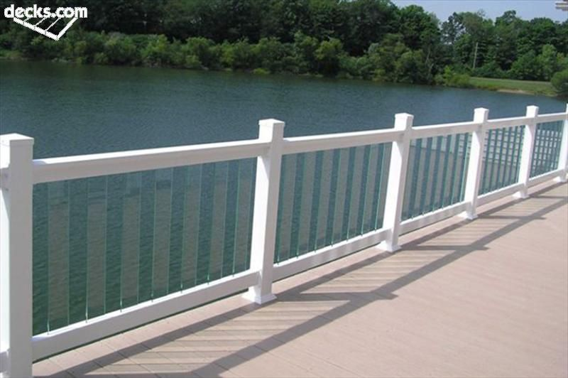 Deck Railing Designs | Glass railing deck, Deck railing design .