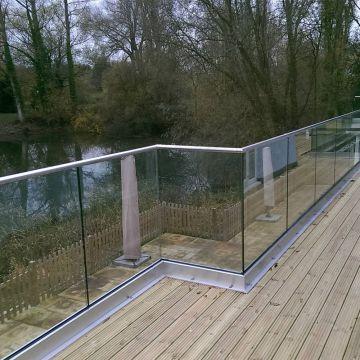 Modern Aluminium Glass Balcony / Fence / Deck Railing with U .