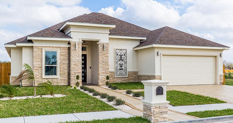 Choosing a Transitional Home Exterior Design - RGV New Hom