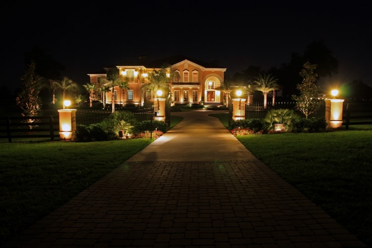 How to Choose a Landscape Lighting Design That Fits Your Home .