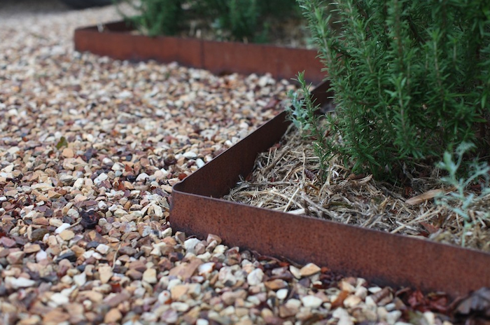 Hardscaping 101: Metal Landscape Edging | Metal landscape edging .