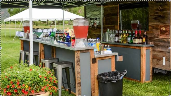 Outdoor bar set up for backyard parties (With images) | Outdoor .