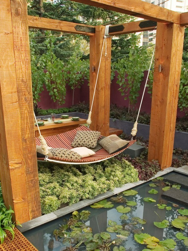 30 Outdoor Canopy Beds Ideas for a Romantic Summer | Freshome.c