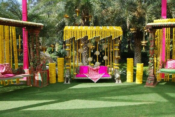 mehndi decoration idea (outdoor)..... | Destination wedding budget .