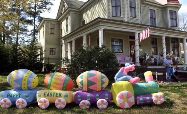 Easter Outdoor Decorations Archives - Hike n D