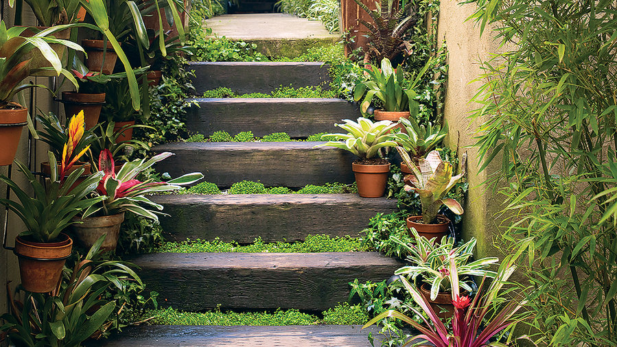 Ideas for Exotic Outdoor Decorations - Sunset Magazi